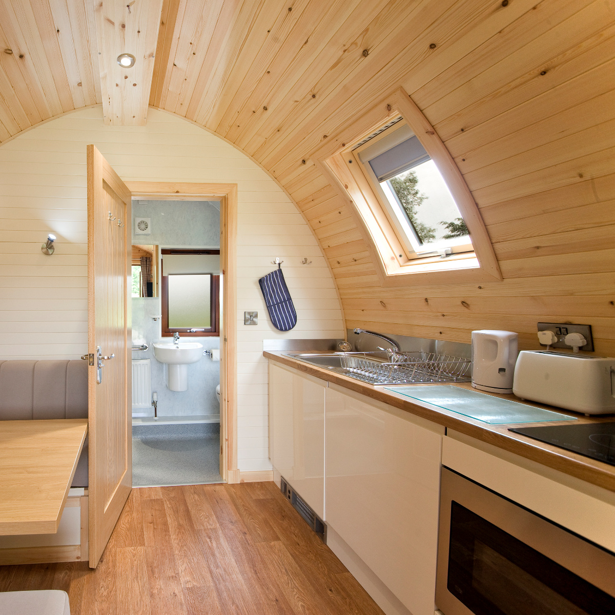 Luxury Glamping Pods - Scotland